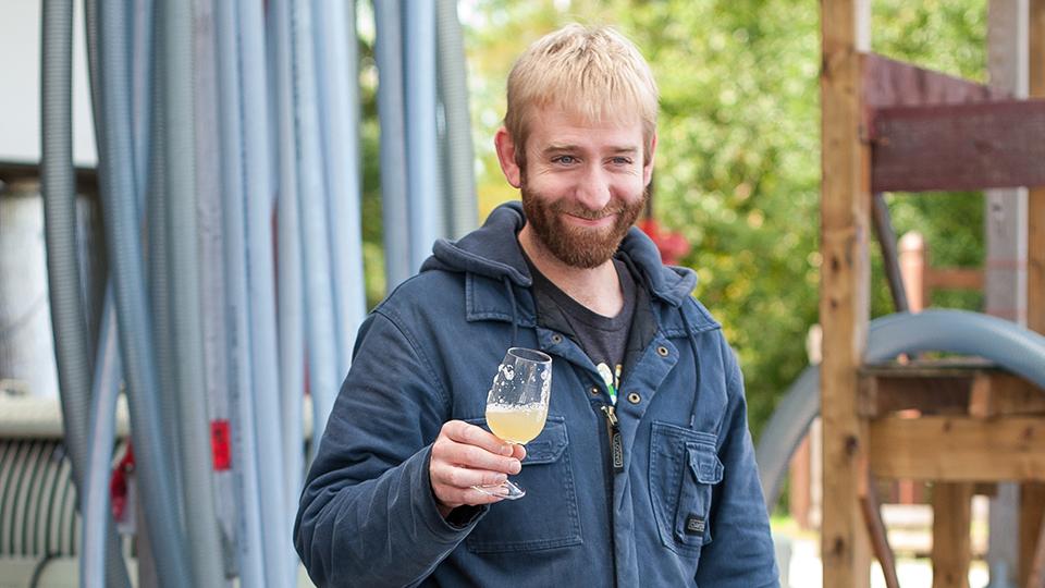 Ben Winemaker, Avondale Sky